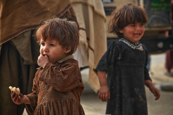 kids at refugee camp
